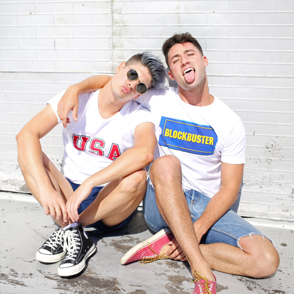 Men's graphic tee shirts