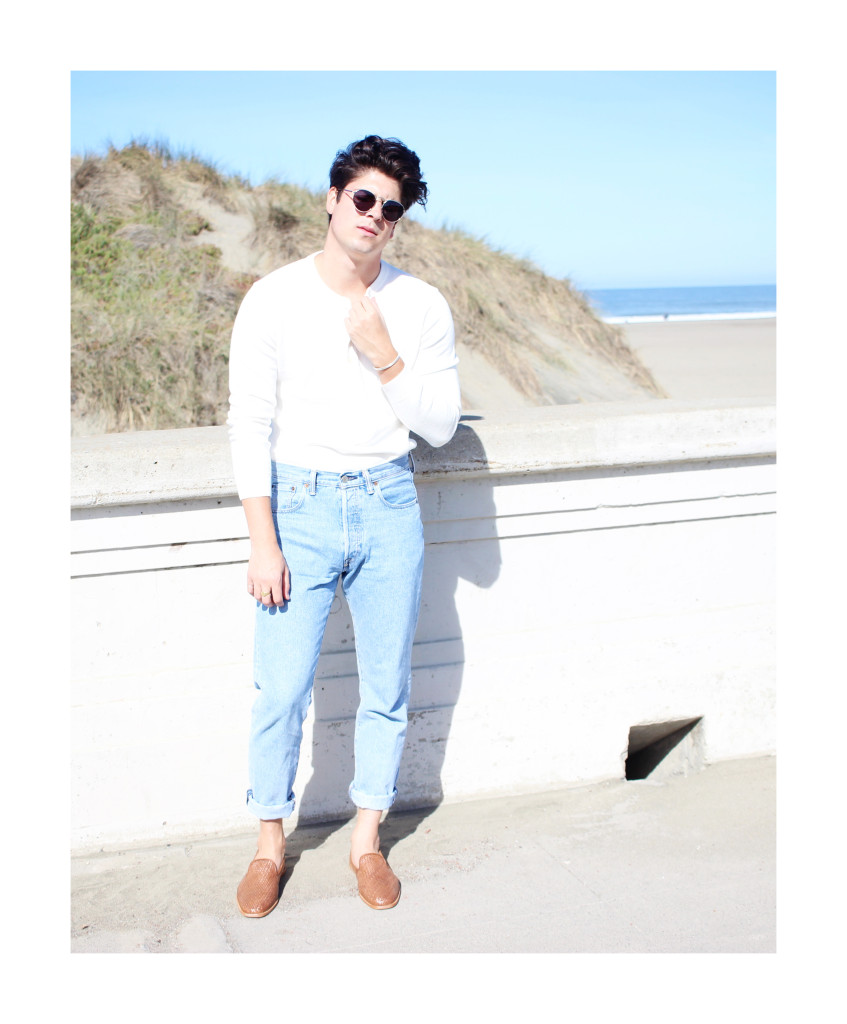 Yummertime wear white after labor day in Club Monaco henley and Levi's jeans